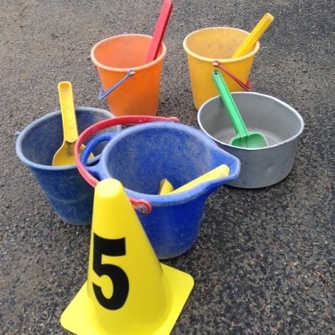 Fem spannar med spade